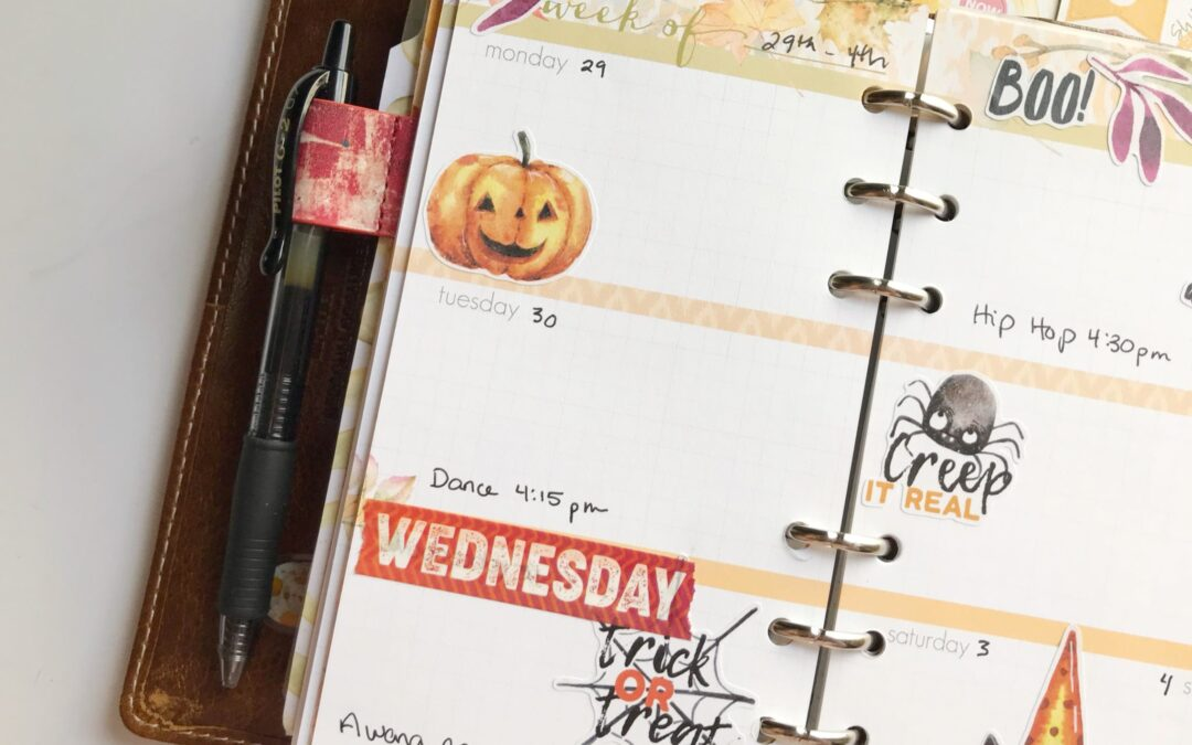 Decorating your planner for Halloween