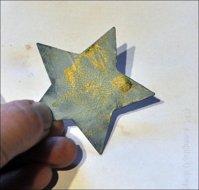 star cracks and mist